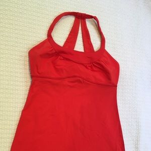Lululemon Scoop me up tank in Love Red sz 6